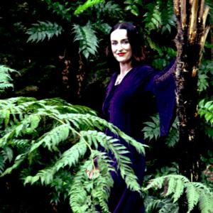 Reina Berger · Mantra Singing | Workshops | Concerts